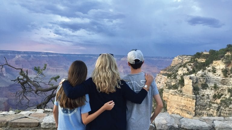 family-travel-ideas-guided-tour-grand-canyon