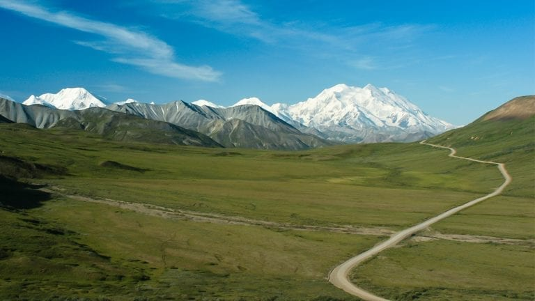 best-places-to-visit-in-alaska-stony-hill-overlook