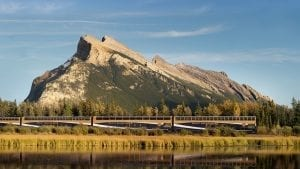 canadian-rockies-by-train-go-where-others-cant