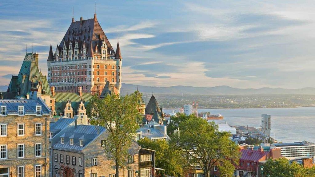 travel-to-canada-quebec-city