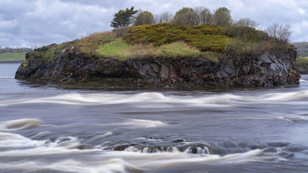 travel-to-canada-reversing-falls