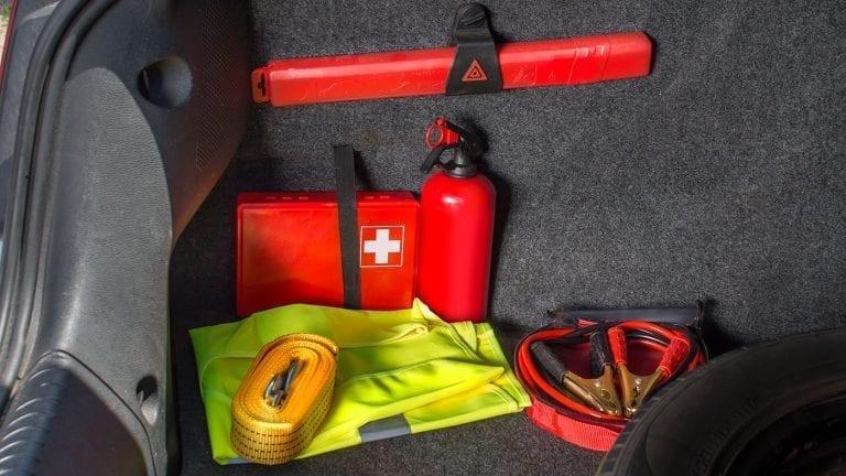 road-trip-safety-kit