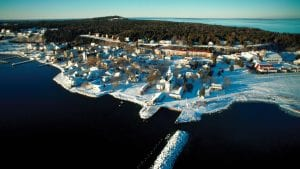 holiday-travel-this-year-mackinac